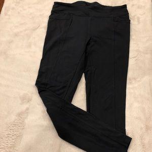 Athleta full length leggings with back pockets, M
